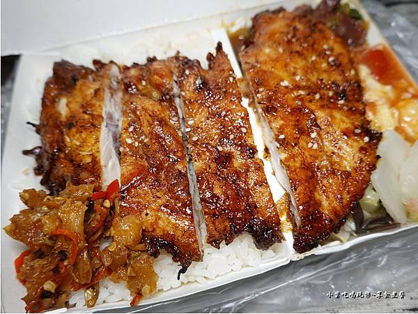 烤雞排飯-上野烤肉飯八德店 (4).jpg