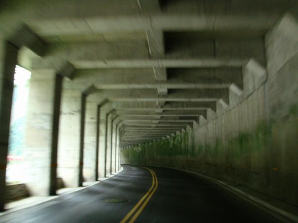 疾速隧道01_調整大小.JPG