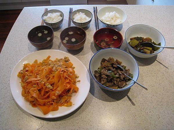"""完成.左一是日本琉球的一道""""名菜""""呢"""