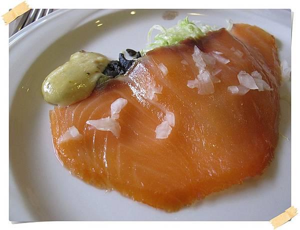 IMG_0689_煙燻鮭魚smoked salmon.JPG