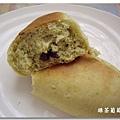 綠茶葡萄麵包2