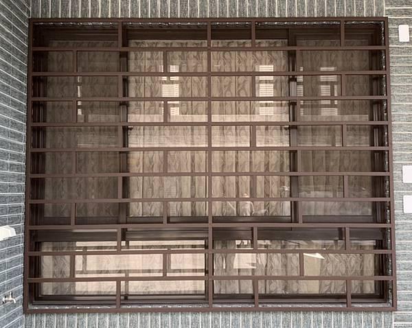 造型防盜窗 (1).jpg