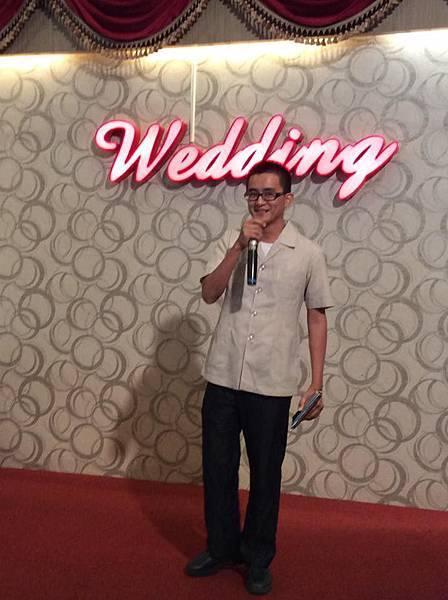 婚宴上台1+.jpg