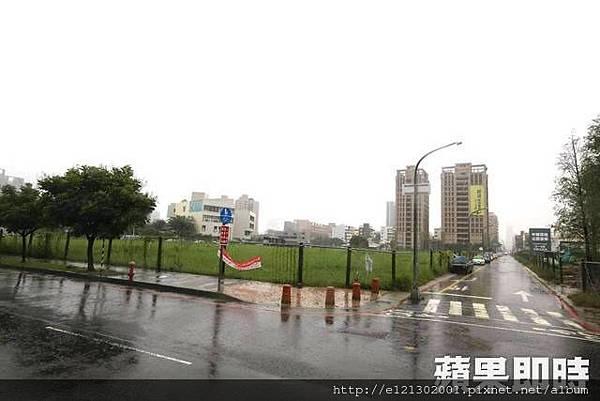 107.8.29土地正對中都濕地公園面積702.7坪土地,福懋建設以5.88億元購得.jpg