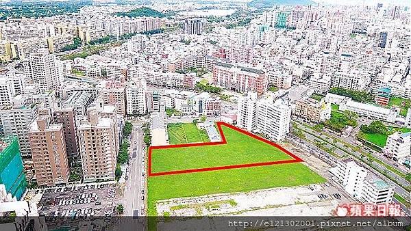 107.8.28高雄市美術館特區逾2千坪土地,為此次最精華標售案,底價高達17億元.jpg