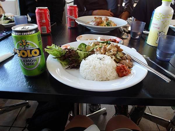 澳洲第一餐.jpg