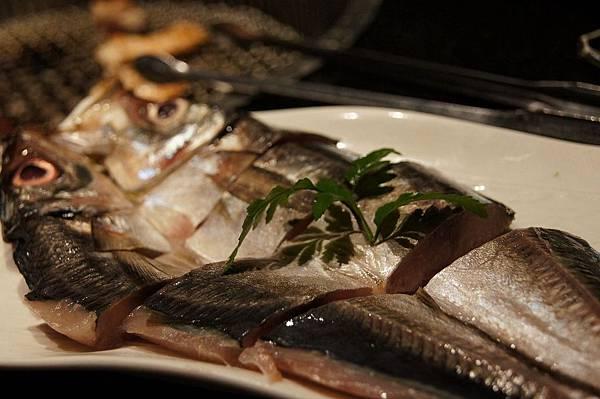 烤竹莢魚一夜干