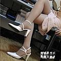 我的音樂老師的絲襪美腿 (2).jpg