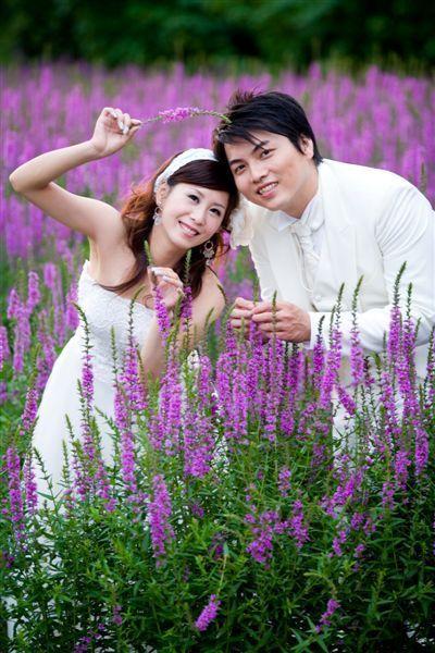 紫色浪漫的俏皮照