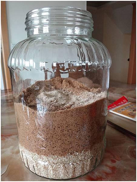 有機糙米製作(12).JPG