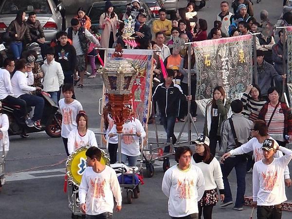103-12-06東石先天宮-繞境篇(34).JPG