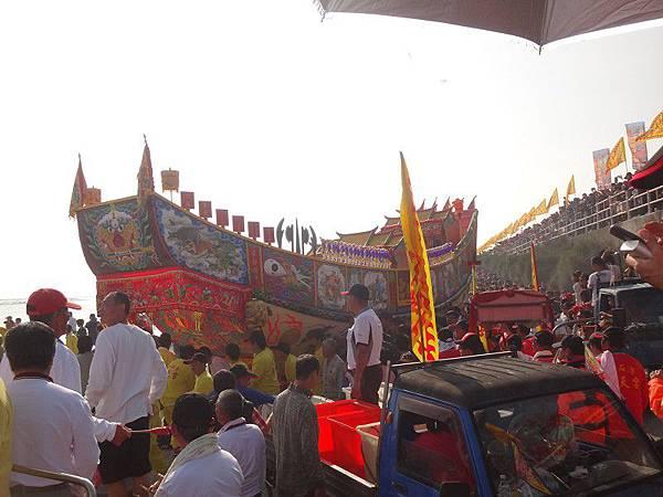 103-12-06東石先天宮-王船祭(173).JPG