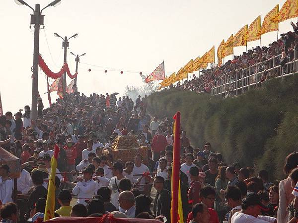 103-12-06東石先天宮-王船祭(176).JPG