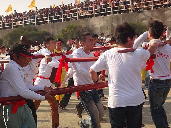 103-12-06東石先天宮-王船祭(180).JPG