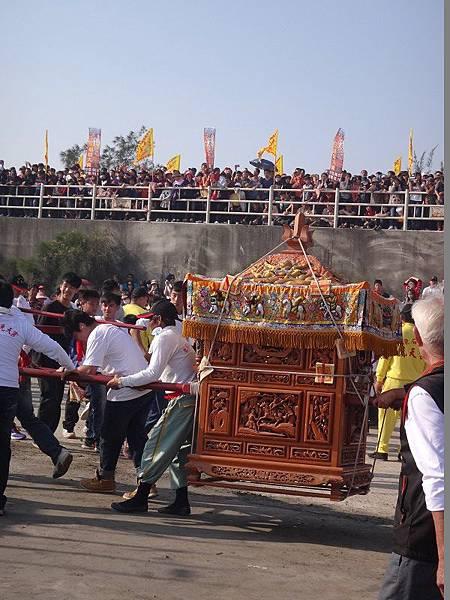 103-12-06東石先天宮-王船祭(181).JPG