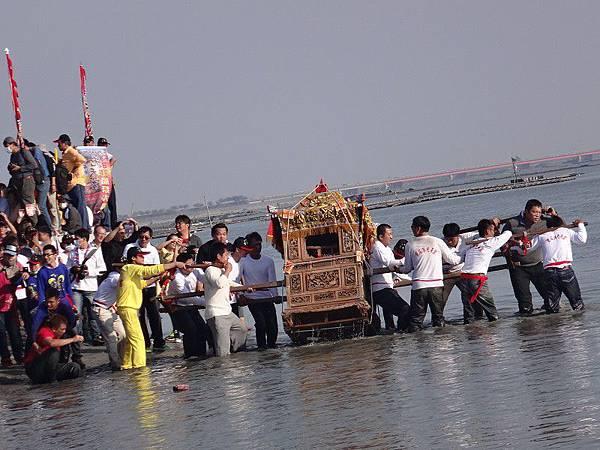 103-12-06東石先天宮-王船祭(199).JPG