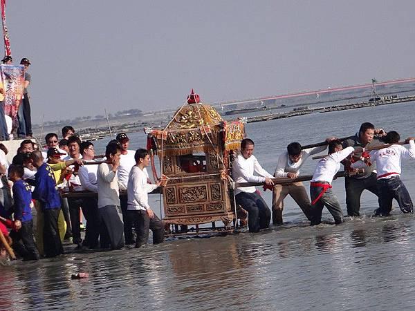 103-12-06東石先天宮-王船祭(198).JPG