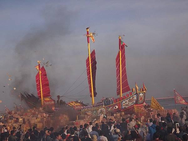 103-12-06東石先天宮-王船祭(217).JPG