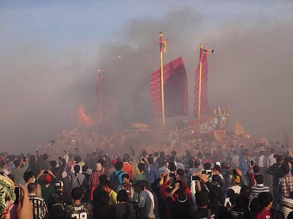 103-12-06東石先天宮-王船祭(221).JPG