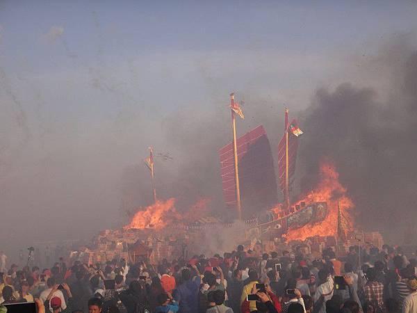 103-12-06東石先天宮-王船祭(224).JPG