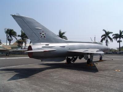 MiG-21F  魚床式戰鬥機     Fishbed