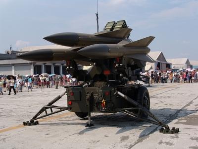 鷹式地對空飛彈防空系統