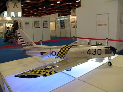 F-86F 軍刀式戰鬥轟炸機 Sabre