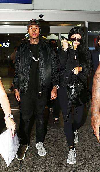 Kylie-Jenner-and-Tyga-arrive-at-Nice-Airport-today-at-around-8pm-to-go-see-Kylies-sister-Kim-Kardashian-in-Cannes.jpg