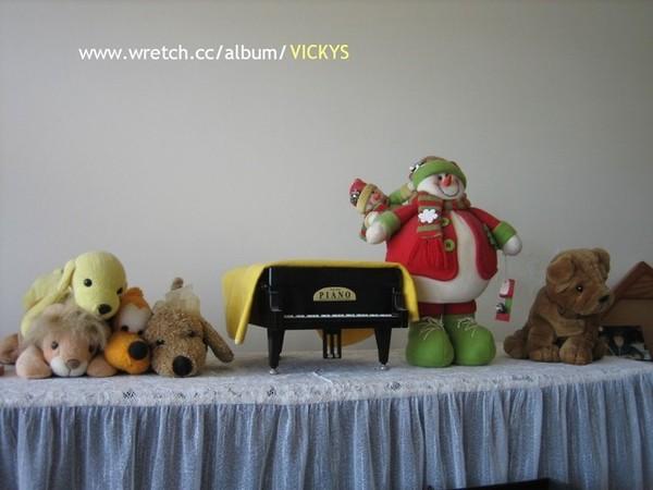 鋼琴上的娃娃們