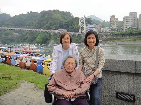 2012/04/22 碧潭真是適合散步的好地方