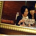 2010/06/04 王小容你看鏡頭啦 XD  [@馬辣]