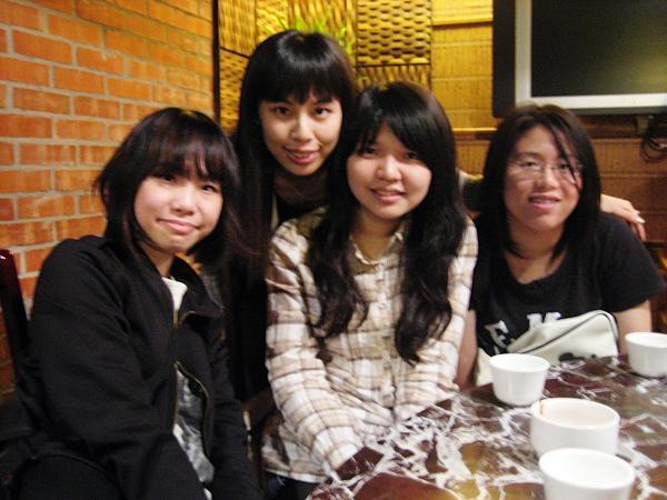 2010/04/01 安琪拉。小妞。蘋果。銘銘