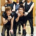 ♥ 鉉KEY ♥ >>>> 我眼裡只有他們! 珉豪你手走開 XD