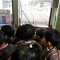 18-電車上小蘿蔔頭 (1).jpg