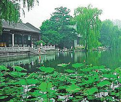 北京清華大學 3.4..jpg