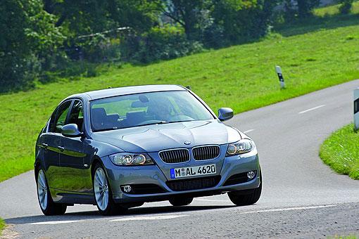 BMW 318d柴油 12.3..jpg