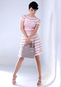 Dior粉色條紋針織荷葉洋裝11.26..jpg