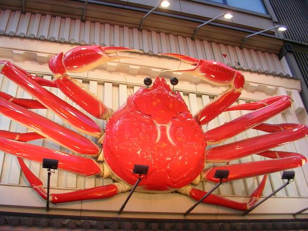 道頓堀出名的大螃蟹