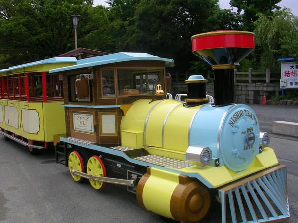 大阪城的遊園小火車