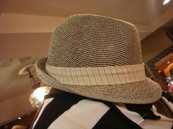 炎夏裸洞紳士帽