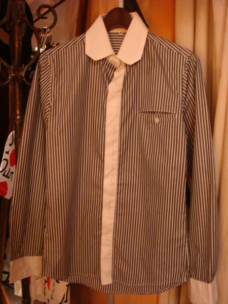 直紋休閒衫