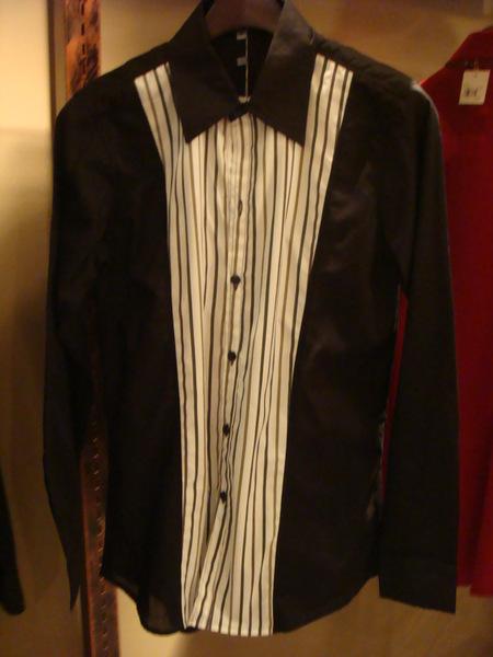 時尚前片直線黑衫