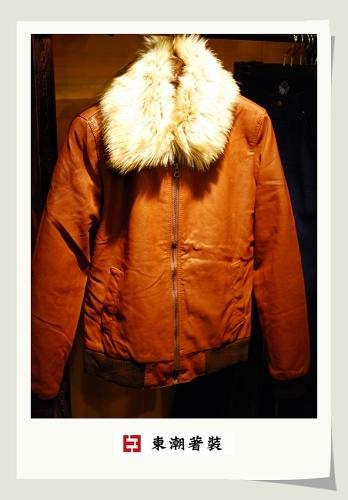 可拆式毛領合皮夾克