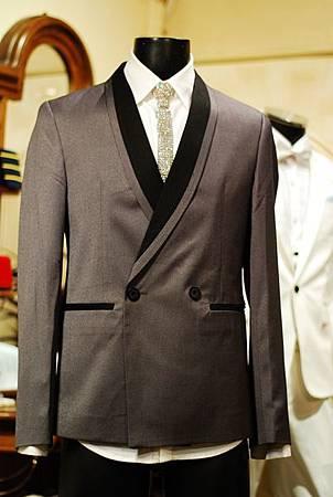 雙釦西裝外套