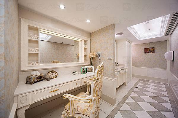 D04洗手間