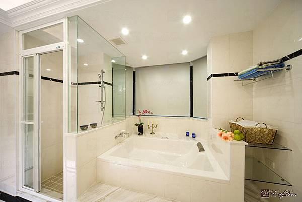 浴室-02.jpg