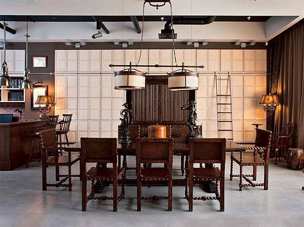 DAILY PICK (2013/3/25) - Jonathan Charles Dining Set