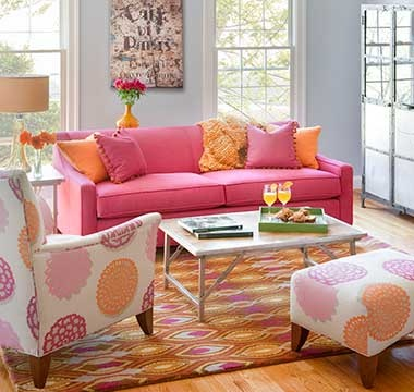 DAILY PICK (2013/3/29) - Norwalk Blake Sofa (71670) & Miles Chair (55230)