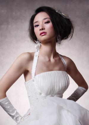 新娘造型-白紗_迎娶.結婚.訂婚.宴客造型8.jpg