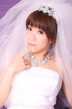 新娘造型-白紗_拍婚紗造型照片集E037
